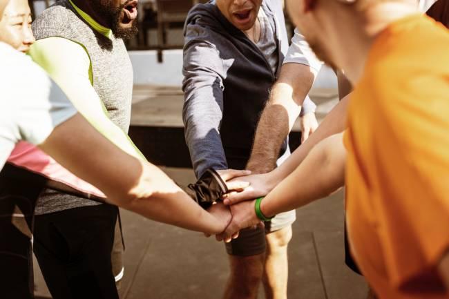Los beneficios sociales del deporte en grupo