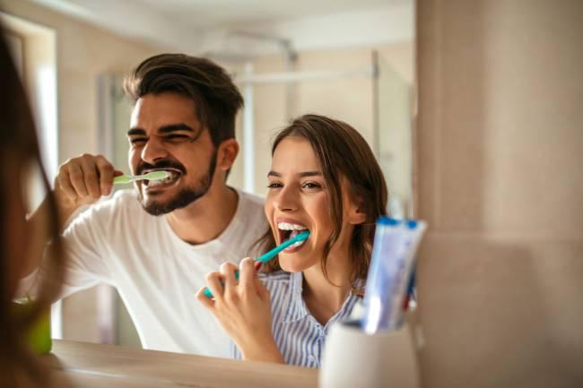 Cómo mantener sanos tus dientes y encías